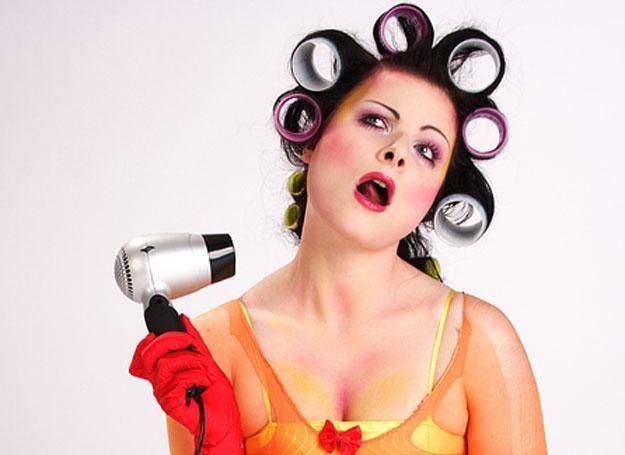 Codzienne stosowanie suszarki nie służy włososm /© Panthermedia