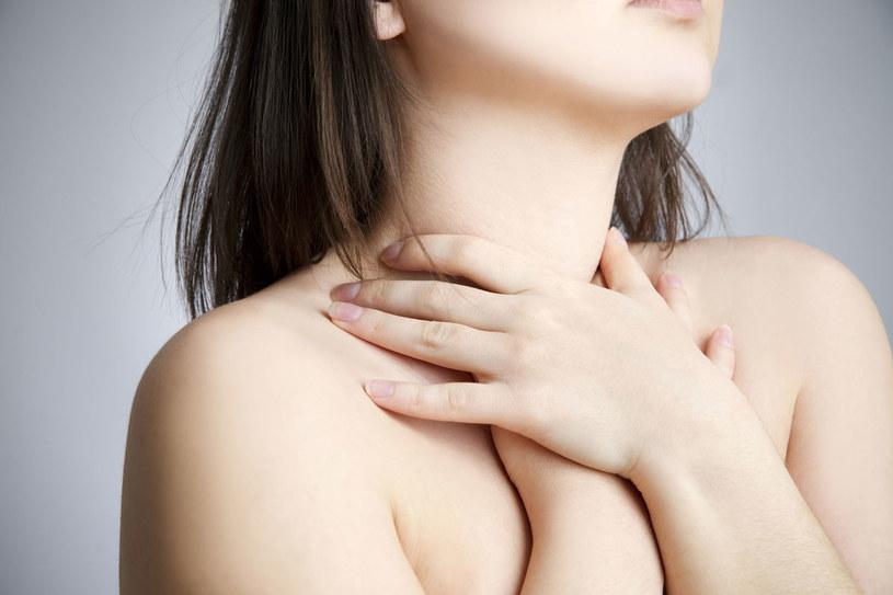 Cofające się kwasy żołądkowe mogą być przyczyną przykrych dolegliwości /123RF/PICSEL