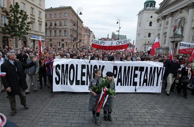 """Comiesięczny """"marsz pamięci"""" /fot. P. Kula /PAP"""