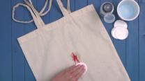 ¿Cómo eliminar las manchas de pintauñas?