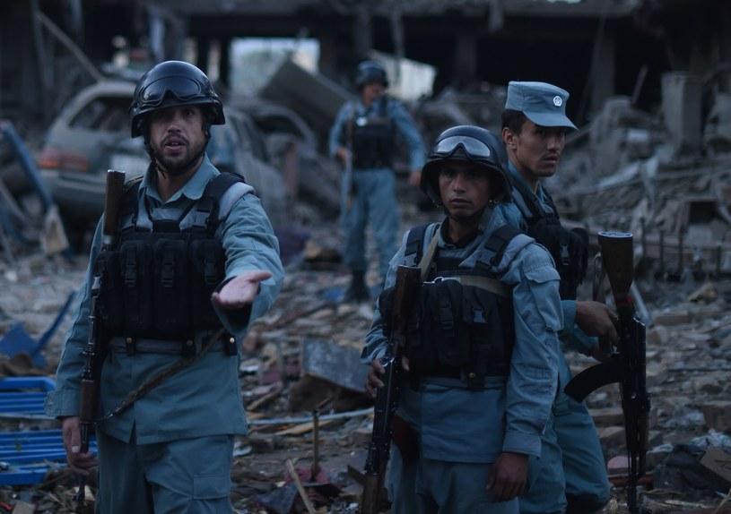Conajmniej 7 osób zginęło, a ponad 100 zostało rannych w piątkowym zamachu w Kabulu /SHAH MARAI /AFP