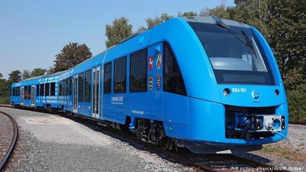 Coradia iLint to pierwszy na świecie pociąg zeroemisyjny napędzany ogniwem paliwowym /Deutsche Welle