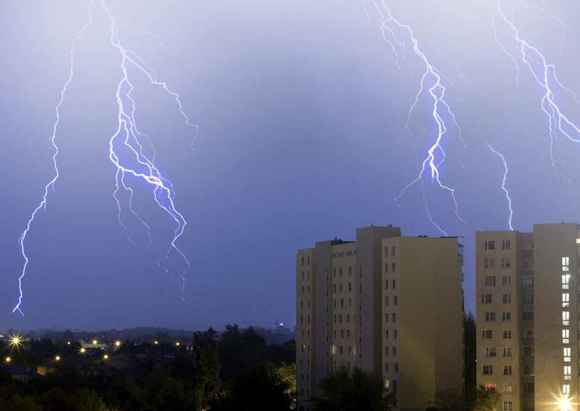 Coraz częściej kupując mieszkanie bierzemy pod uwagę... warunki klimatyczne /123RF/PICSEL
