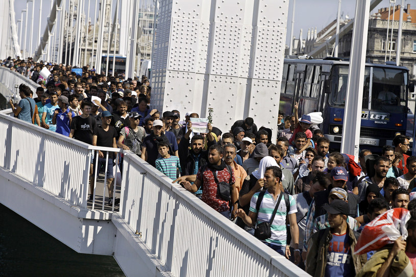 Coraz wiecej aktów przemocy z udziałem uchodźców /AFP