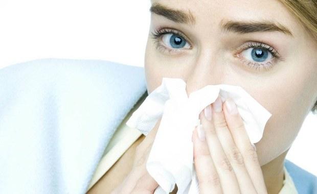 Coraz więcej alergików. Winne spaliny i chemia w jedzeniu i kosmetykach