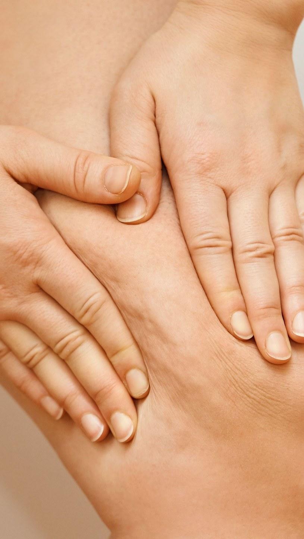 Coraz więcej kobiet przestaje mieć kompleksy z powodu swojego ciała /123RF/PICSEL /123RF/PICSEL