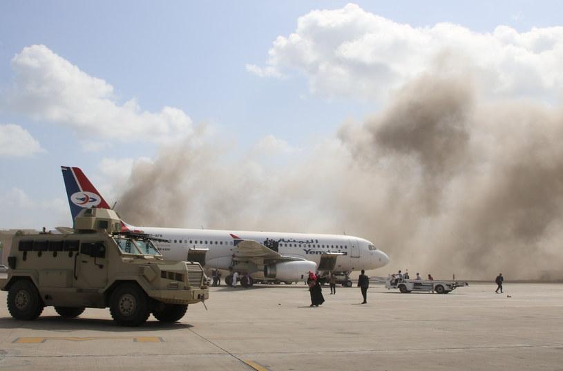 Coraz więcej ofiar zamachu na lotnisku w Jemenie /FAWAZ SALMAN / Reuters /Agencja FORUM
