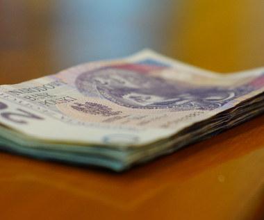 Coraz więcej Polaków ma problem ze spłatą długów