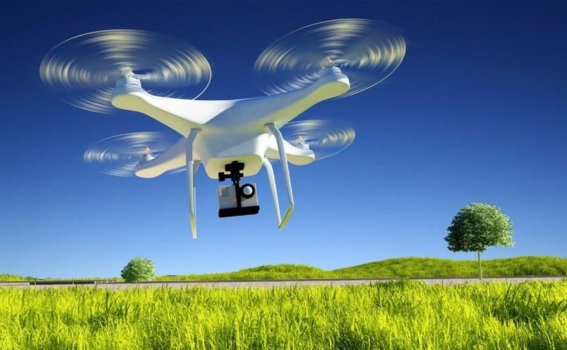 Coraz więcej polskich firm używa dronów do prowadzenia biznesu /123RF/PICSEL