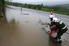 Coraz więcej strażackich interwencji po ulewnych deszczach