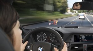 Coraz więcej wyświetlaczy head-up w autach