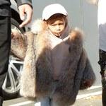 Córka Kim Kardashian w ogromnym futrze