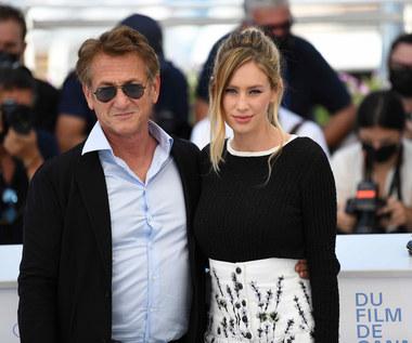 Córka Seana Penna: Gra u ojca jak terapia rodzinna