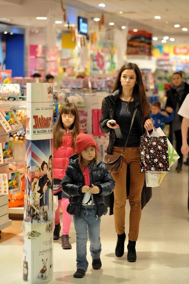 Córki są dla niej najważniejsze! /Marcin Gadomski /East News
