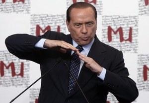 """""""Corriere della Sera"""": 30 kobiet u Berlusconiego"""