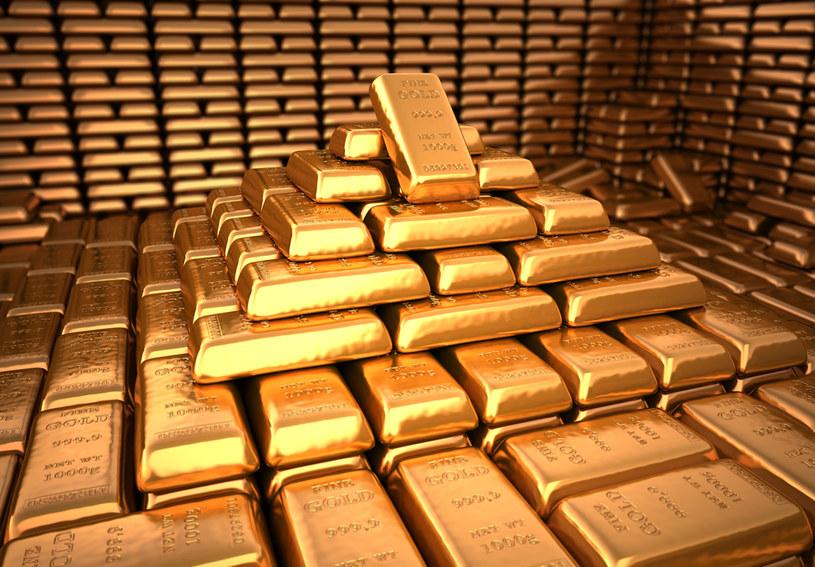 COVID-19 podbija ceny złota /123RF/PICSEL