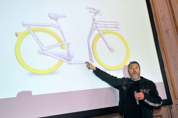 Cóż takiego Philippe Starck projektuje dla Apple? /AFP