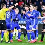Cracovia - Wisła 0-2. Jakub Błaszczykowski trafiony butelką podczas derbów