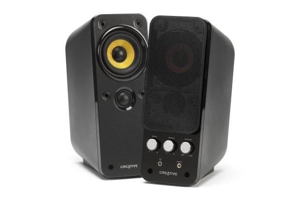 Creative GigaWorks T20 II - najpopularniejsze głośniki w kwietniu 2010 /materiały prasowe