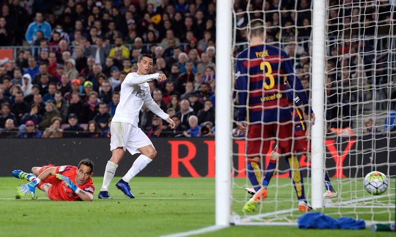 Cristiano Ronaldo (biały strój) /AFP