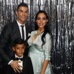 Cristiano Ronaldo chwali się zdjęciem dzieci prosto z wanny! Będzie afera?