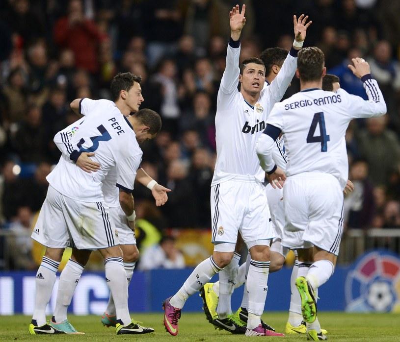 Cristiano Ronaldo i jego koledzy świętują zdobycie bramki /AFP