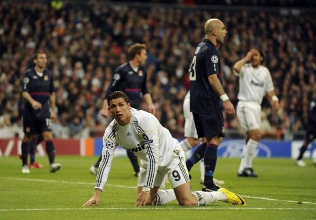 Cristiano Ronaldo i spółka odpadli już w 1/8 finału Ligi Mistrzów /AFP