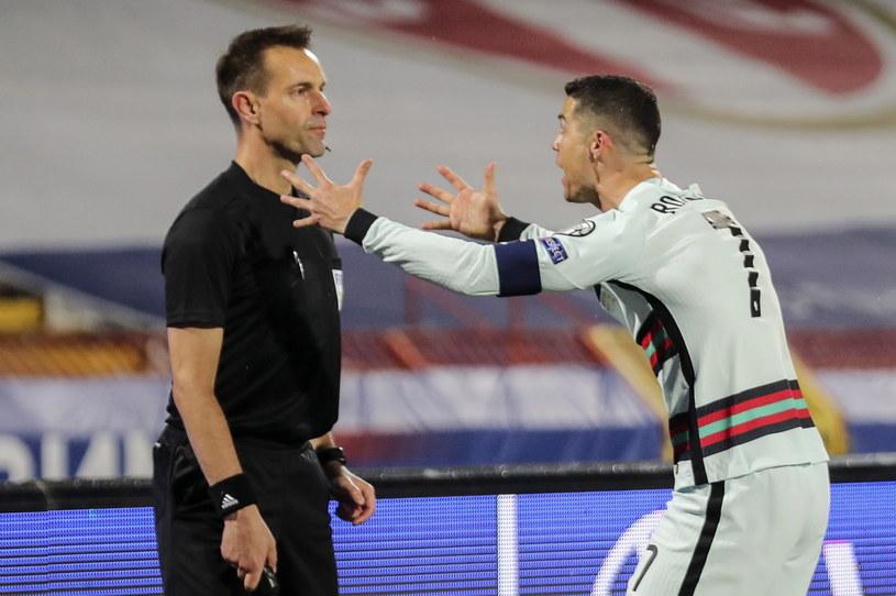 Cristiano Ronaldo nie mógł pogodzić się z decyzją sędziowską /MIGUEL A. LOPES /PAP/EPA