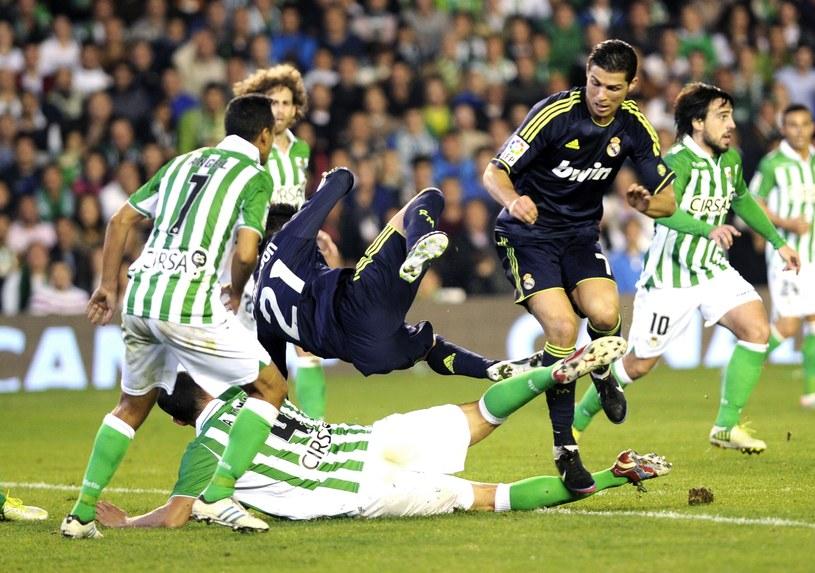 Cristiano Ronaldo nie znalazł sposobu na ogranie defensywy Betisu /AFP