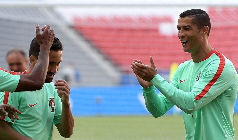 Cristiano Ronaldo podczas treningu reprezentacji Portugalii w Kazaniu /AFP