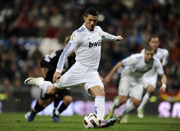 Cristiano Ronaldo strzelił w meczu z Malagą trzy gole /AFP