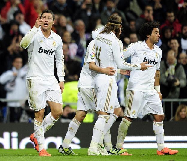 Cristiano Ronaldo świętuje trafienie na 2-1 - swoją 41. bramkę w obecnym sezonie Primera Division /AFP