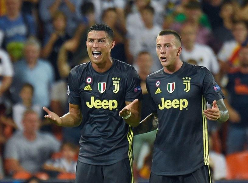 Cristiano Ronaldo (z lewej) /AFP