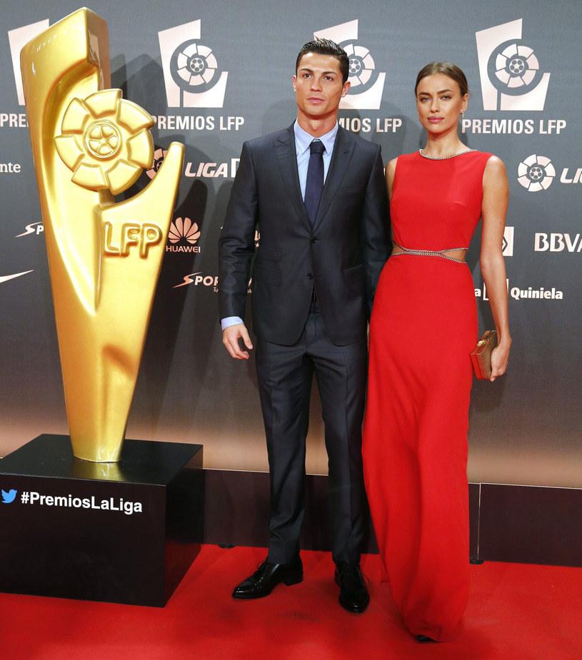 Cristiano Ronaldo z partnerką Iriną Szajk podczas gali wręczania nagród /PAP/EPA