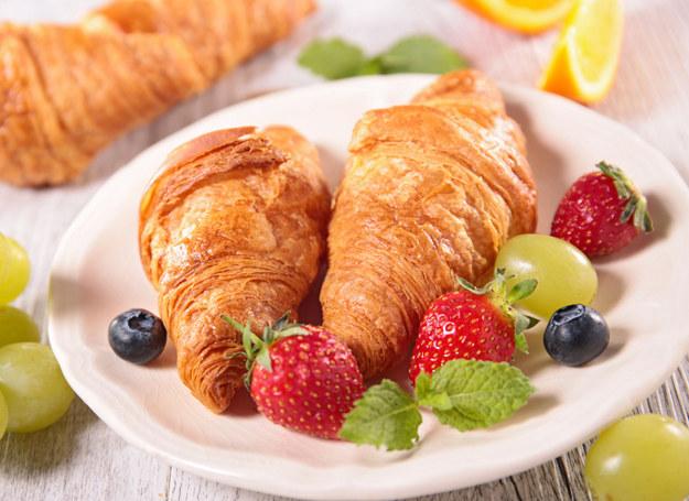Croissanty to francuska wersja śniadania na słodko /123RF/PICSEL