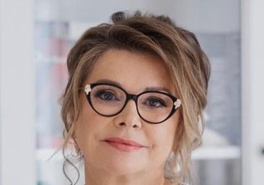 Lekarz rodzinny i specjalistka medycyny integracyjnej. Ukończyła Śląską Akademię Medyczną. Jest członkiem Polskiego Towarzystwa Żywieniowego, ukończyła także Instytut Żywności i Żywienia.