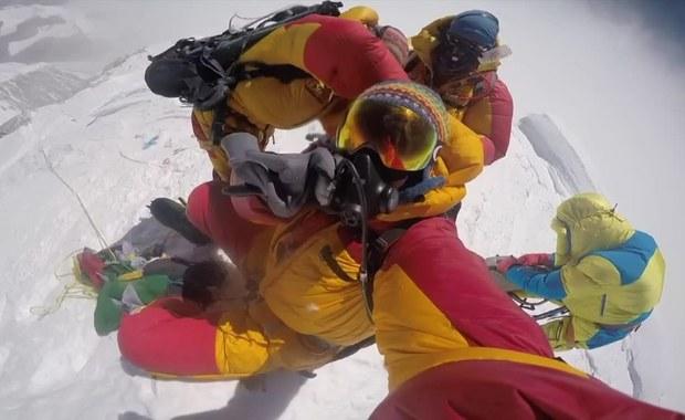 Cud w Himalajach. Wspinacz przeżył 40 godzin bez dodatkowego tlenu, jedzenia i wody