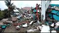 Cudem uratowana z gruzowiska. Akcja ratownicza po trzęsieniu ziemi w Indonezji