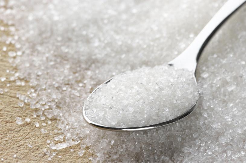 Cukier jest dziś w niemal wszystkich produktach /123RF/PICSEL