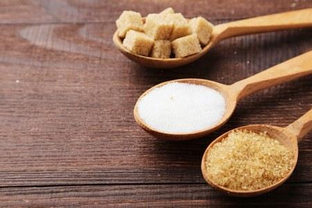 Cukier krzepi czy szkodzi zdrowiu? Największe mity na temat cukru /materiały prasowe