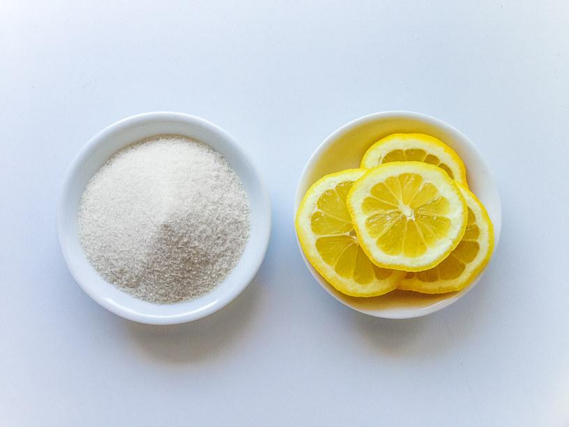 cukier z cytryną /© Photogenica