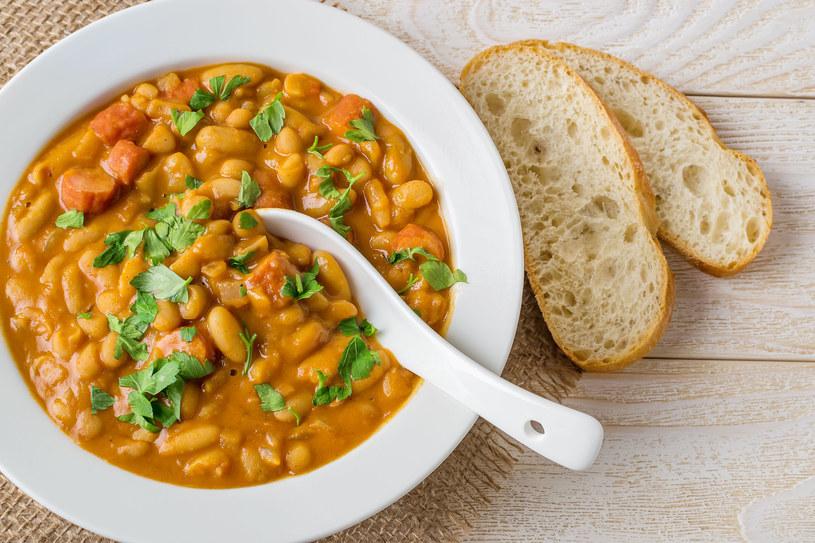 Curry fasolowe /123RF/PICSEL