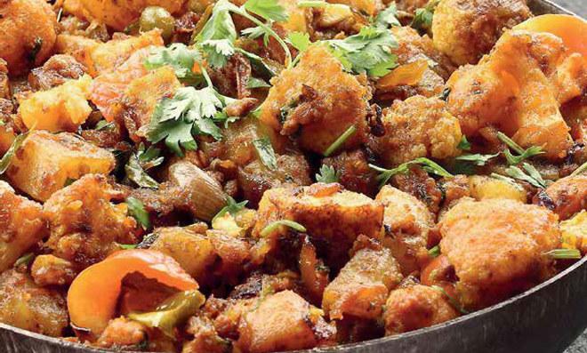 Curry z kalafiora /materiały prasowe