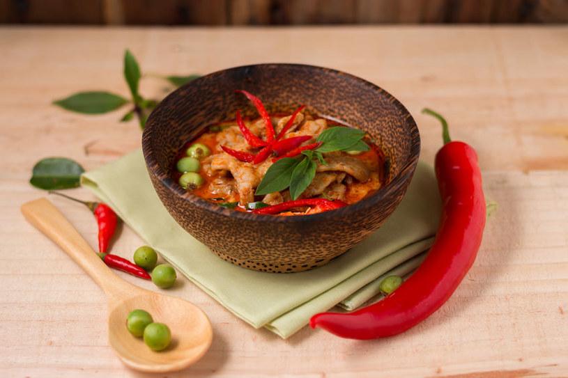 Curry z kurczakiem /©123RF/PICSEL