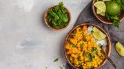 Curry z ziemniaków i ciecierzycy