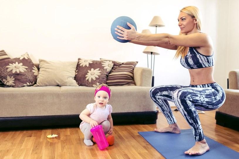 Jak schudnąć z brzucha po porodzie i przy karmieniu