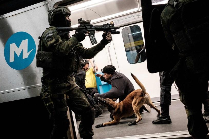 Ćwiczenia antyterrorystów w metrze w Rio de Janeiro /AFP