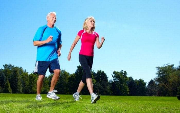 Ćwiczenia na osteoporozę /© Photogenica