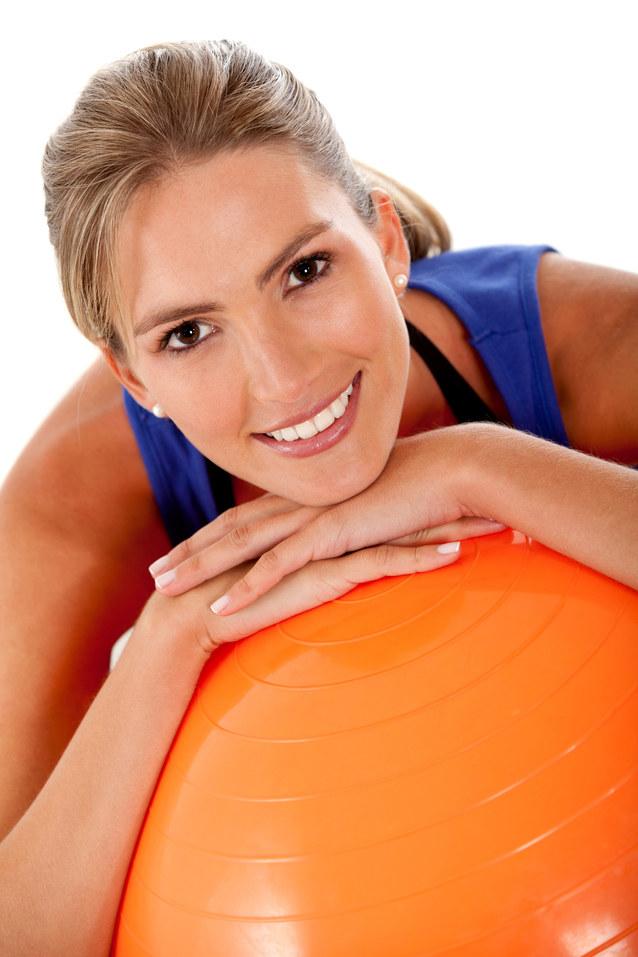ćwiczenia pilates /© Photogenica