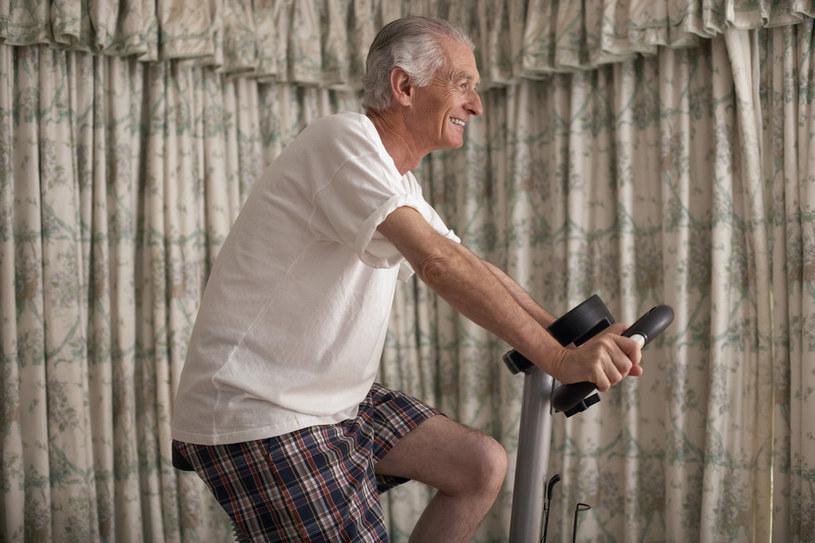 ćwiczenia przy cukrzycy /© Photogenica